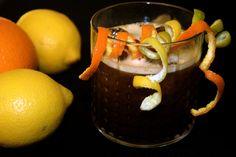 Averna Sour   #weekendstarter #cocktails #drinks #recipe # avernasour Cocktails, Drinks, Berry, Sour Cocktail, Moscow Mule Mugs, Tableware, Desserts, Recipes, Food