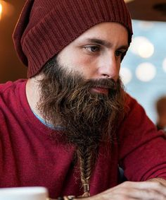 Fishtail Braid Beard - Best Braided Beard Styles For Men: How To Braid Your Beard #beard #beards #beardstyles #beardgang #beardedmen #facialhair #mensfashion #mensstyle #men Chin Beard, Goatee Beard, Beard Oil, Tight Braids, Small Braids, Cool Braids, Beard Styles For Men, Hair And Beard Styles, Short Buzz Cut