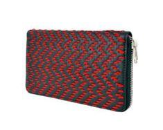 Dámska kožená peňaženka ručne vyšívaná, červené vyšívanie (2)