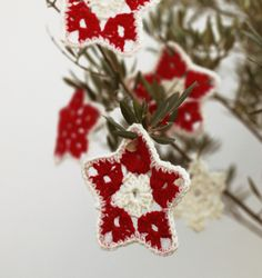 Gorgeous Twinkle Stars,   pattern on the Royal Sisters blog