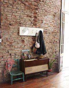 Mecha, Juan, Lola y Joaquín. Casa antigua con patio, galería y jardín en Chacarita, Ciudad de Buenos Aires.