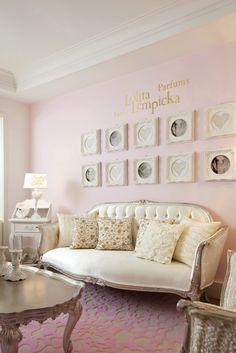 Fandelolita – Suite d'Hôtel L' Eau en Blanc de Lolita Lempicka – Salon(2)