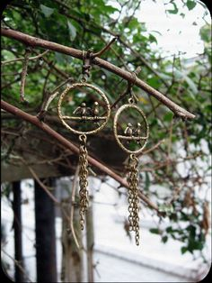 Sir Robins ~ Vintage Inspired Bird Earrings - $15.99