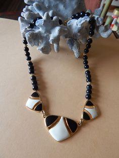 Vintage Necklace Enamel Black & White Modernist design Goldtone Plastic Beads
