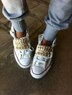 studded converse sneakers so my style Studded Converse, Studded Sneakers, Converse Sneakers, White Converse, Bling Converse, Converse Style, Converse Chuck, Converse High, White Sneakers