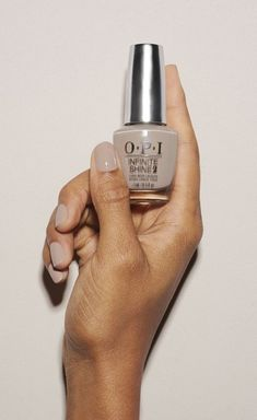 Make your nail pop in this subtly iridescent, silvery gold shade of OPI nail polish. time-released pigments keep color rich OPI system creates staying power and stain-free removal made in…More Opi Nails, Nude Nails, Manicure And Pedicure, Pedicures, White Nails, Nail Polish Colors, Color Nails, Opi Polish, Nagel Gel