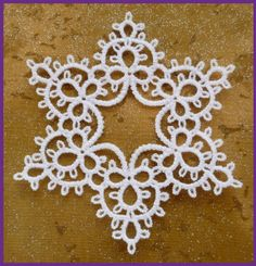 Tatted Star by Murphy's Designs ...like te idea on a gingerbread cookie!