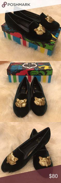 C Wonder Fox Slippers Unworn, with box. C Wonder Fox Head Green Velvet Slippers. C Wonder Shoes Flats & Loafers