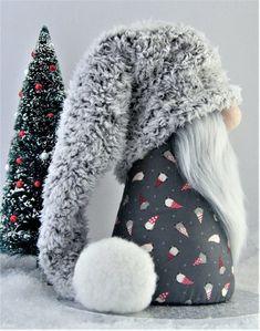 Gnomes Tomte Nisse Or Tonttu Christmas Sewing, Christmas Gnome, Christmas Projects, Etsy Christmas, Diy Cadeau Noel, Gnome Hat, Scandinavian Gnomes, Theme Noel, Christmas Decorations