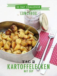 30 day challenge: Jeden Tag ein leckeres Mittagessen für die Büro-Lunchbox zubereiten. Das Rezept für knusprige Kartoffelecken mit Rosmarin und Auberginen-Dip findet ihr mit einem einfachen Klick aufs Bild.
