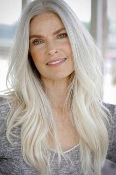 One-shade-fits-all? Here are our favorite gray hair color shades that'll make going gray anything but boring. Blonde Hair Going Grey, Grey Hair Roots, Blonde Hair With Roots, White Blonde Hair, Golden Blonde, Natural White Hair, Silver White Hair, Long White Hair, Covering Gray Hair