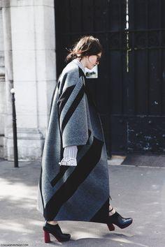 Fashion week street style winter gray Ideas for 2019 Looks Street Style, Looks Style, Looks Cool, Style Me, Trend Fashion, Fashion Week, Look Fashion, Womens Fashion, Fashion Design