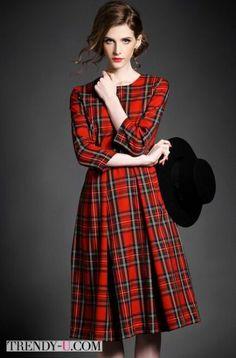 Идеальное платье для офиса в шотландскую клетку