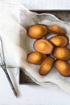 ... madeleines con limone, miele e papavero ...