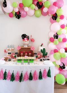 Flamingo cactus party #desserttable