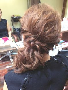 I will try to do this to my hair, and upload a tutorial since there isn't one on the web