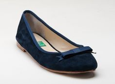 Royalty...Shown here in Navy velvet with Royal Blue ribbon edge and grosgrain bow.  www.milkandhoneyshoes.com