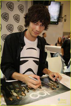 Devon Bostick at #The100 Comic-Con Signing 2014