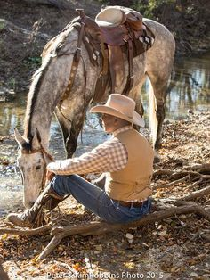 So in love with the way these came out! Peter and Kim Robbins photoshoot at Benbrook Stables