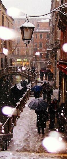Snowy Venice in 2005