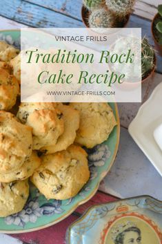 Traditional Rock Cakes from a Recipe 1930s Recipe, Brownie Recipes, Cake Recipes, Brownies In A Jar, Mini Scones, Biscuits, Homemade Dinner Rolls, Fruit Bread, Bun Recipe