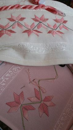 1 million+ Stunning Free Images to Use Anywhere Hand Work Embroidery, Cute Embroidery, Hardanger Embroidery, Hand Embroidery Patterns, Cross Stitch Embroidery, Cross Stitch Bookmarks, Cross Stitch Borders, Cross Stitch Designs, Cross Stitch Patterns