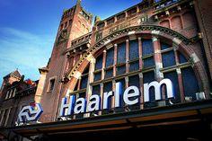 Haarlem central train ststion . Centraal station