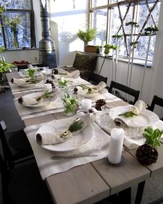 rustic white & green Christmas table