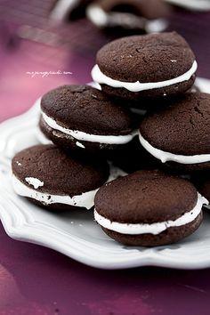 Schokoladen-Whoopie Pies