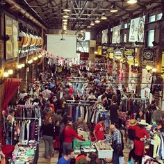 On the garage - vintage market @ L'Ovella Negra, Barcelona