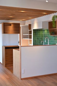 Mさんの家 BLOG見学会 | ハンズデザイン一級建築士事務所 Home Kitchens, Divider, Interior, Muji, Nihon, Room, Furniture, Design, Home Decor