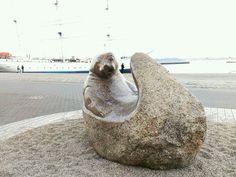 Steinskulptur am Hafen von Stralsund Baltic Sea, Germany Travel, Animals, Stone Sculpture, Pictures, Animales, Animaux, Germany Destinations, Animal