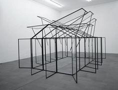 Hubert Kiecol; 'Palast Mädchen', 2000. Hubert Kiecol, Köln. © VG Bild-Kunst, Bonn 2010 / Hubert Kiecol
