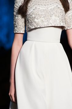 Ralph & Russo at Couture Fall 2015 - Details Runway Photos Frock Fashion, Couture Fashion, Fashion Dresses, Women's Fashion, Fashion Details, Full Gown, Long Gown Dress, Heavy Dresses, Ralph & Russo
