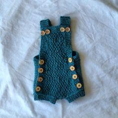 Quick knitt suite. paelas knitted by me Heléne Bergstrand Instagram helenebergstrand