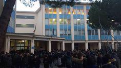 Istituto Deambrosis-Natta, ecco perchè gli studenti sono rimasti fuori dalle aule oggi 11 Gennaio 2017