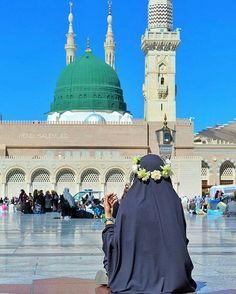 Muslim Photos, Muslim Images, Islamic Images, Islamic Pictures, Hijabi Girl, Girl Hijab, Muslim Girls, Muslim Couples, Niqab