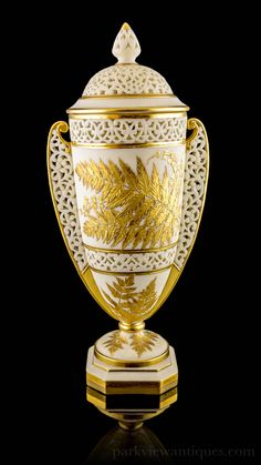 Grainger and Co Worcester Twin Handled Reticulated Gilt Vase and Cover C. 1870