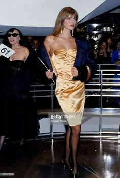 Paulina Porizkova attends the Celebrity Fashion Show Benefiting AIDS Patients of St Vincent Hospital at Barney's circa 1986 in New York City Paulina Porizkova, 80s Fashion, Fashion Show, Original Supermodels, 90s Models, Princess Caroline, Fashion Plates, Celebrity Style, Strapless Dress