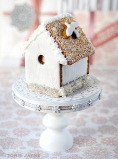Gingerbread bird house by toriejayne, via Flickr