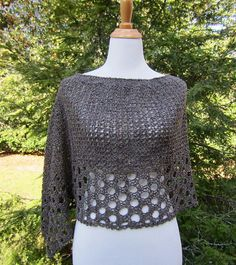 Ravelry: Kelley's Ponchito - FREE crochet pattern by Julie Blagojevich (Crochet Works)