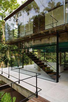 Iporanga Jungle Tree House--São Paulo, Brazil