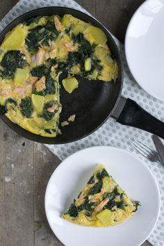 Spinazie omelet met zalm en aardappel