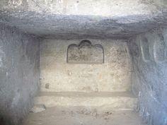 Napoli_Castel_s_Elmo_grotta_dell'eremita_1050154.JPG (2816×2112)