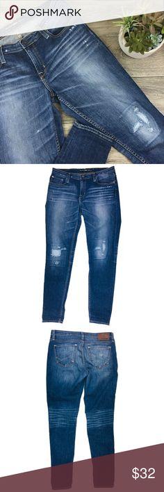 Riesige afrikanische Milf Big Booty In Jeans
