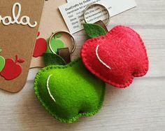 Llavero manzana fieltro de lana, regalo de Apple, regalo de mejor profesor, manzana del maestro, llavero rojo o verde manzana, Apple bolsa encanto, detrás a escuela regalo