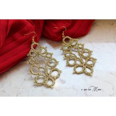 Orecchini in pizzo chiacchierino, lace tatting earrings, oro, gold,... ($8.99) via Polyvore featuring jewelry and earrings