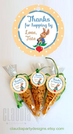 Peter Rabbit Thank you Tags Peter Rabbit by ClaudiaPartyDesigns. Use Annie bunnies Peter Rabbit Birthday, Peter Rabbit Party, Bunny Birthday, Baby First Birthday, Boy Birthday Parties, Birthday Ideas, Zootopia, Baby Shower Party Favors, Baby Shower Parties