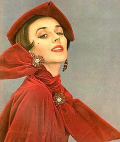Dorian Leigh in red velvet blouse and skirt topped with red velvet beret all by Christian Dior, ruby and diamond paste jewelry from Dior Boutique, cover Kodachrome by Richard Avedon, Harper's Bazaar, December 1949 Christian Dior Vintage, Vintage Dior, Vintage Mode, Vintage Hats, Vintage Beauty, Vintage Style, Vintage Jewelry, Richard Avedon, Madame Gres