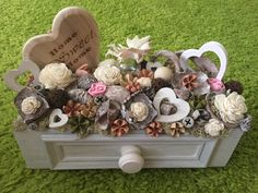 handmade, home decor, spring, flower, fairy, sweet home Cardboard Crafts, Craft Sale, Flower Boxes, Easter Crafts, Happy Easter, Floral Arrangements, Garland, Valentines, Diy Crafts